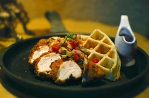 chicken-bacon-waffle